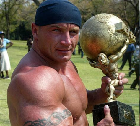 strongest bench press in the world mariusz pudzianowski the world s strongest man