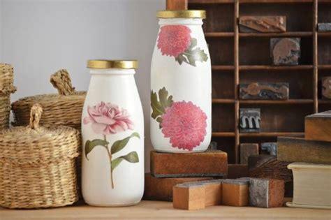decoracion de botellas de vidrio con servilletas c 243 mo decorar botellas de vidrio con servilletas 5 pasos
