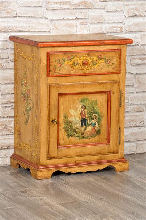 comodino barocco comodino decorato a mano in stile classico 600 barocco
