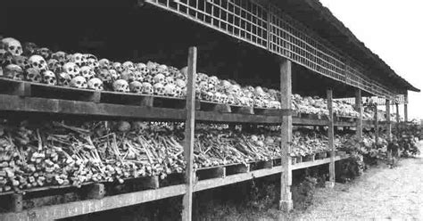libro the bone field the chicago indymedia cambodia genocide pol pot 1975 1979 2 000 000 deaths