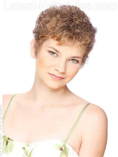 perm for pixie hairstyle 20 very short curly hairstyles short hairstyles 2017