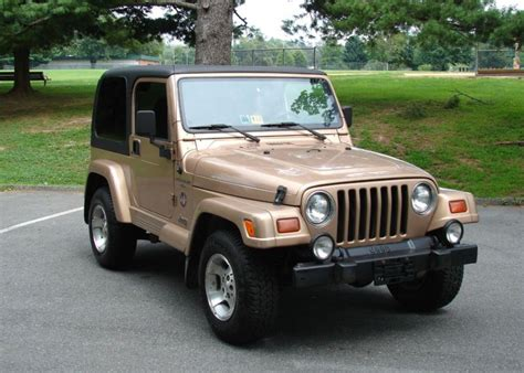 1999 jeep wrangler silver 200 interior and exterior images