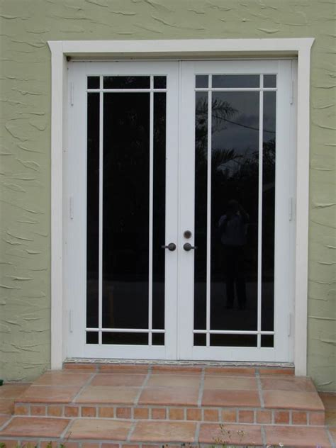 building exterior door doors exterior brown doors exterior