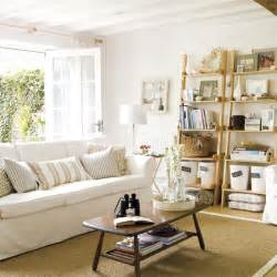 simple touches to bring cottage style decor into your home