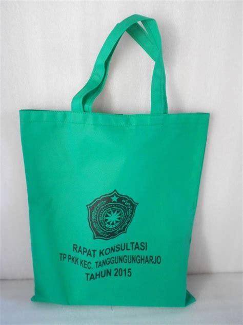 Tas Souvenir Model Promosi Usaha Toko 17 goodie bag murah di makassar souvenir unik dan murah di makassar tas spundbond ultah di