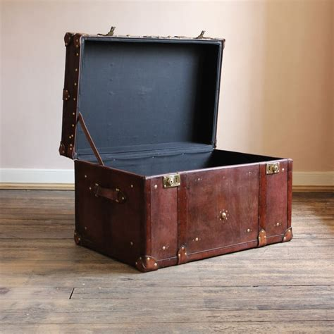 richmond brown trunk console table antique trunks uk antique luggage vintage leather trunk leather trunk coffee table