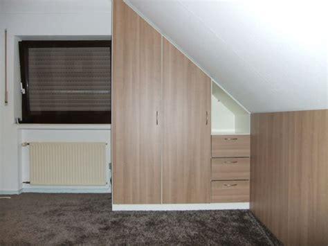 kleiderschrank mömax schlafzimmer nach teppich nach mass gnstig kaufen bei