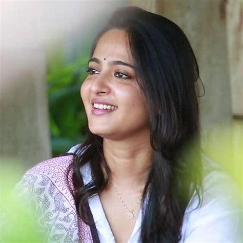 hindi film actress date of birth anushka shetty age marriage biography family husband
