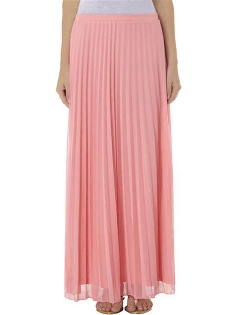 light pink pleated skirt skirt pleated skirt pleats light pink light pink