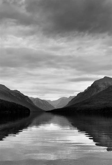 bowman lake   mountain view black white wallpaper