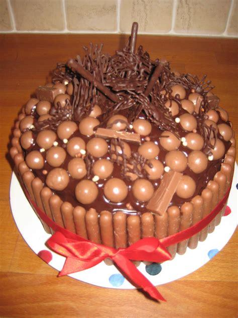 Chocolate Cake Decorating Ideas by Birthday Cake Ideas Willowcottagegarden