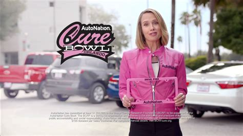 who is the blonde actress in the autonation commercials autonation blonde lady autonation blonde lady drive pink