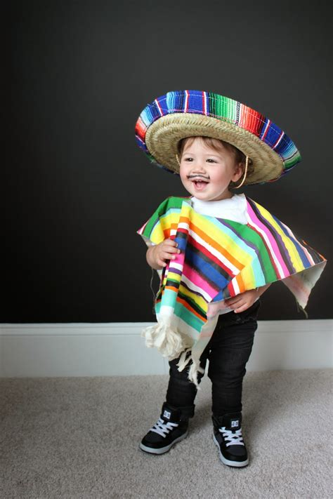diy costume  littles mexican serape