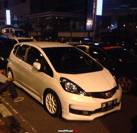 Lu Hid Jazz Rs honda jazz rs 2013 motion auto club