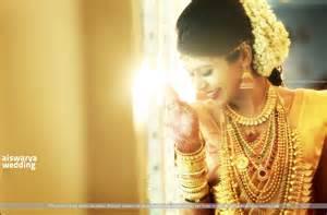 Hindu Wedding Photographer Candid Hindu Wedding Photography At Le Meradien Hotel Cochin Kerala Wedding Photographer