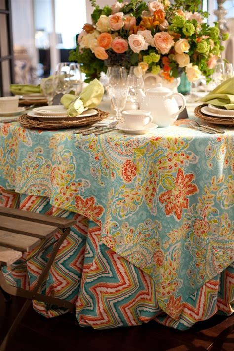 35 Unique Wedding Table Linens Ideas   Table Decorating Ideas