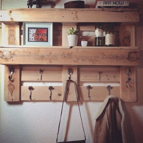 Bathroom Towel Holder Ideas by 22 Simply Clever Homemade Pallet Furniture Designs To