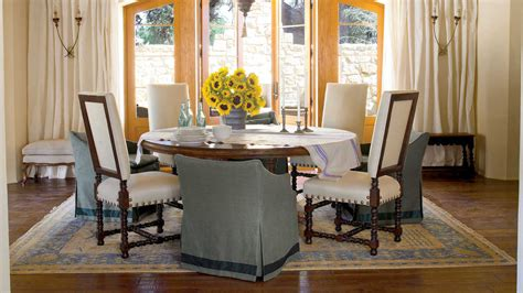 create a casual look stylish dining room decorating
