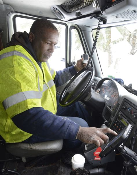 Bad Tow Truck Driver by Maine Tow Truck Driver A Popular In Bad Weather The