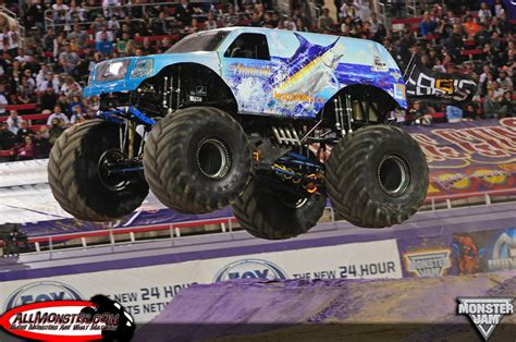 2014 monster jam trucks las vegas nevada monster jam young guns shootout