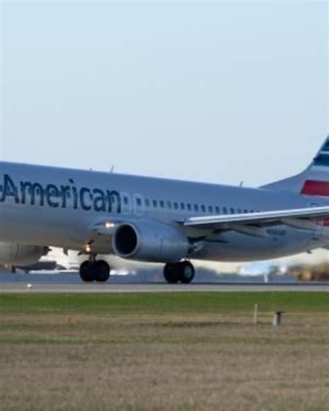 passenger thrown  flight    rage  merry christmas greeting opposing views