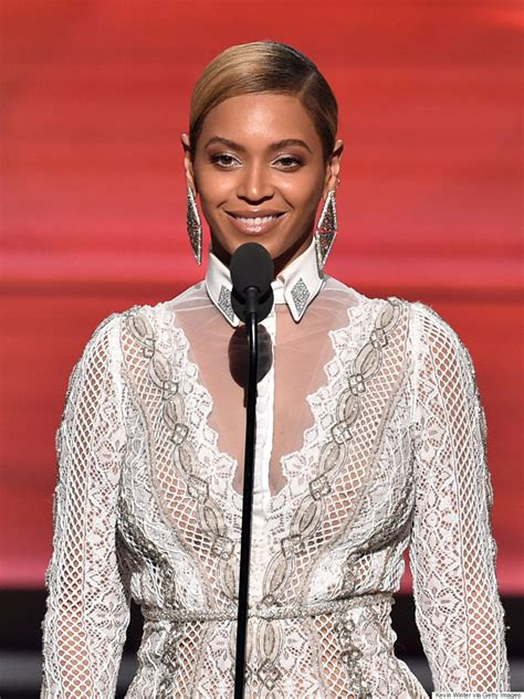 beyonce grammys beyonc 233 grammys 2016 singer a vision in white for