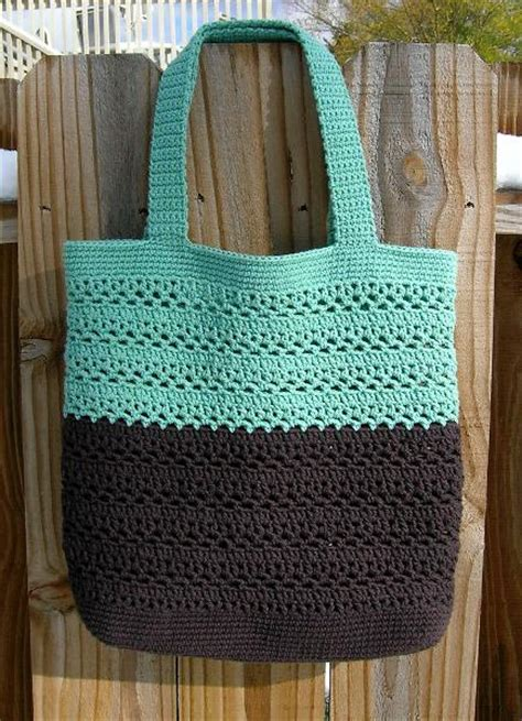 crochet pattern shopping tote you have to see lacy v tote by luvmaxine