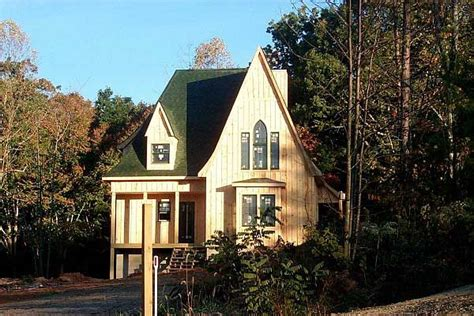 gothic revival cottages ferrebeekeeper charming gothic revival cottage