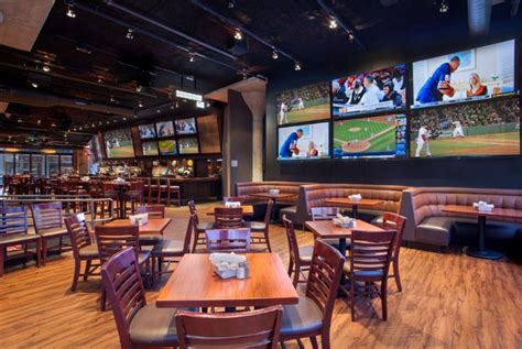top sports bar 15 best bars in boston for every kind of drinker