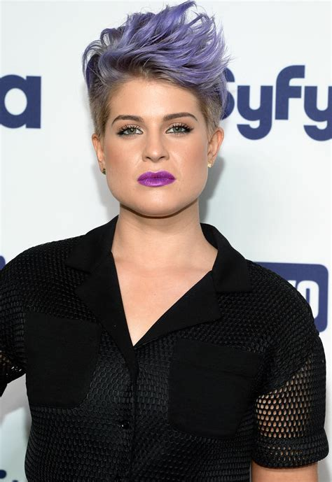 kelly is the new vestal for our new ruler cult the it s official kelly osbourne is leaving fashion police
