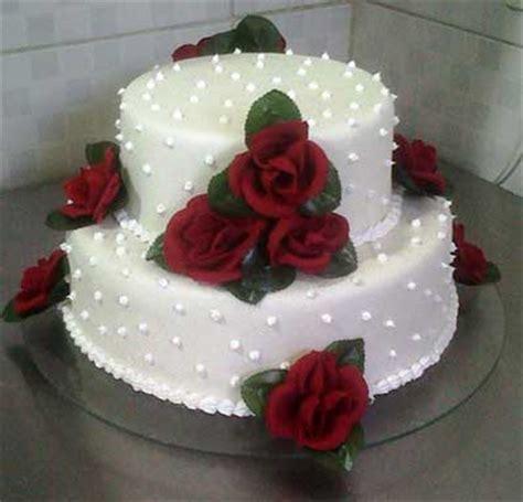 decorar bolo bolo de casamento simples e pequeno fotos e modelos