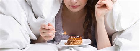 best food before bed food and drinks to be avoided before bed ks sleep experts