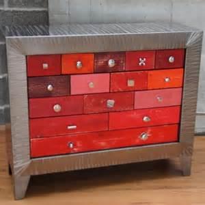 commode design m 233 tal tiroirs rouges meuble industriel