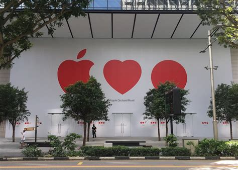 apple singapore apple s first retail location in singapore close to