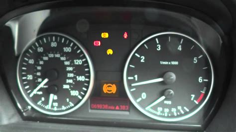 Bmw 1er Dtc Defekt by Bmw 1 Series Abs Sensor Change Dash Light Reset With