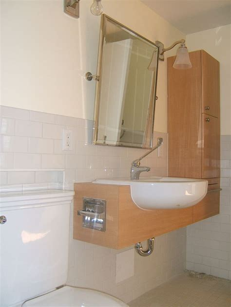 handicap bathroom sinks 17 best bathroom ideas images on pinterest handicap