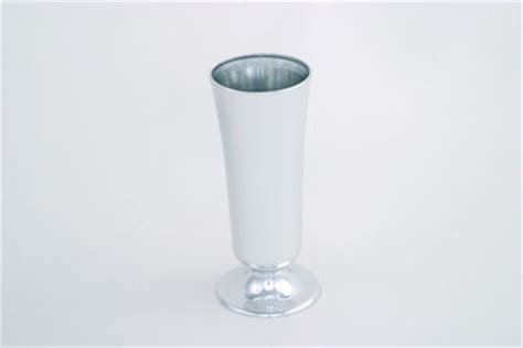 vo 421 2 large plastic vase gold or silver