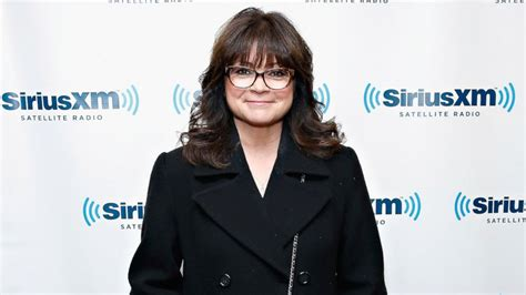 how to get valerie bertinelli current hairstyle valerie bertinelli videos at abc news video archive at