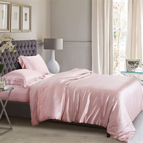 creative ideas  decorating stylish bedroom