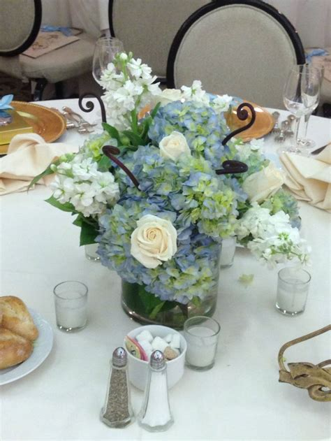blue hydrangea centerpiece purple blue hydrangea wedding ideas 1 brown hairs