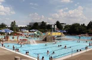 hallstadt schwimmbad freibad hallstadt stadt bamberg tourismus