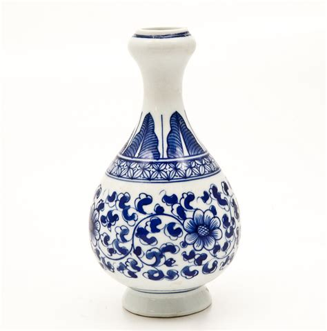 blue and white vase blue and white vase tequila home design ideas