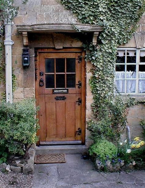 Cottage Front Door Best 25 Cottage Door Ideas On