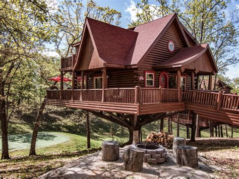 Build A Backyard Fort Luxury Treehouse Located Next To Big Cedar Vrbo