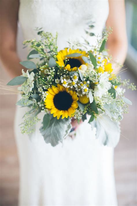 wedding bouquet sunflowers 306 best sunflower weddings images on floral