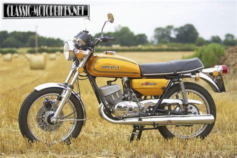Suzuki A Suzuki Gt250a Road Test Classic Motorbikes