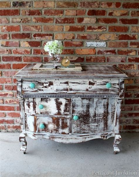 25 best ideas about distressed 25 best ideas about white distressed dresser on painting furniture white diy white