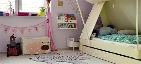 kinderzimmer einrichten dachschräge schlafzimmer einrichten ideen farben