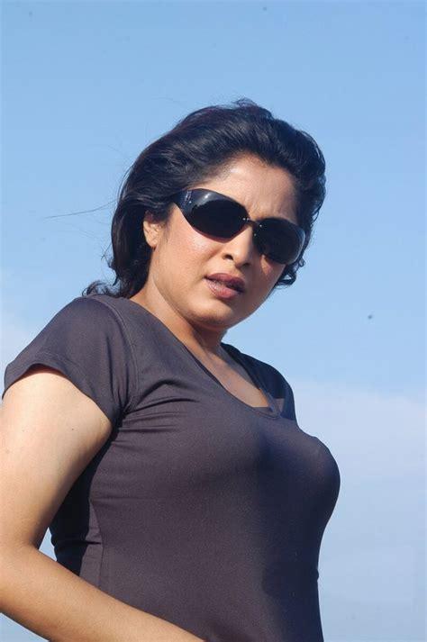 tamil hot actress wiki ramya krishnan wiki biography age family movies
