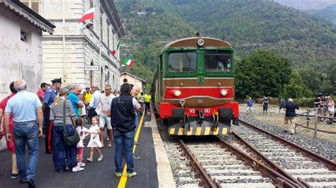 treni per torino porta nuova ceva ormea la linea storica riparte con treni d epoca